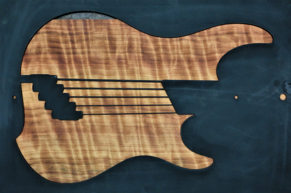 1314 One-Piece Fat Curly Redwood